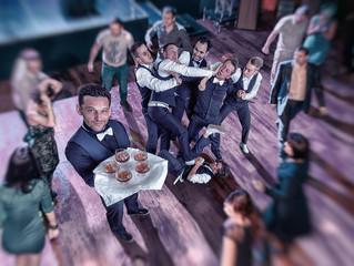 Хороший контент на свадьбу! Всем уже надоели Танцующие официанты. Вот отличный номер, свидетели со с