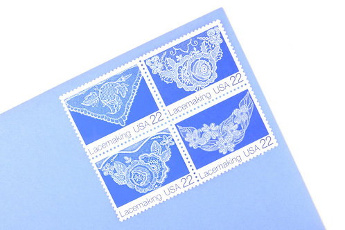 22¢ Lacemaking - 25 Stamps
