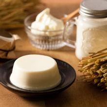フロマージュ・デセール  蔵王クリームチーズを使った上品な口どけのレアチーズケーキ。