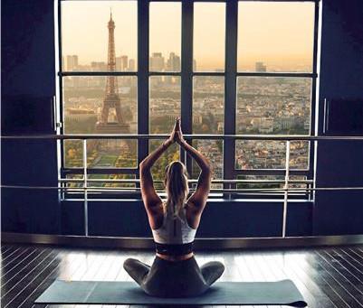 Des cours de bien-être au sommet, à l'Observatoire Panoramique de la Tour Montparnasse !