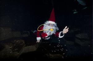 Père Noël plongeur