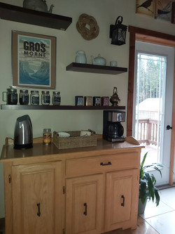 Complimentary Local Coffee/Tea Station