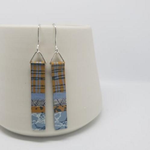 Circle & Dash long slim earrings - blue/mustard