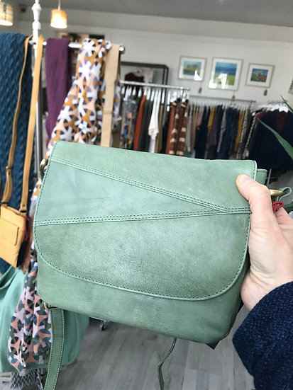Primehide green leather handbag with flap and zip