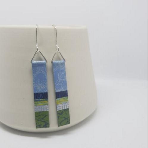 Circle & Dash long slim earrings - blue/green