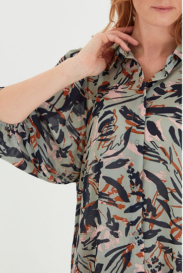 Fransa Vagette Blouse in lily pad mix