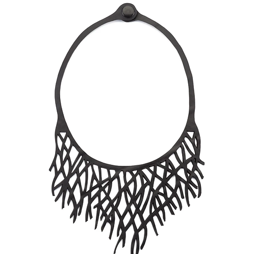 Paguro reef inner tube necklace