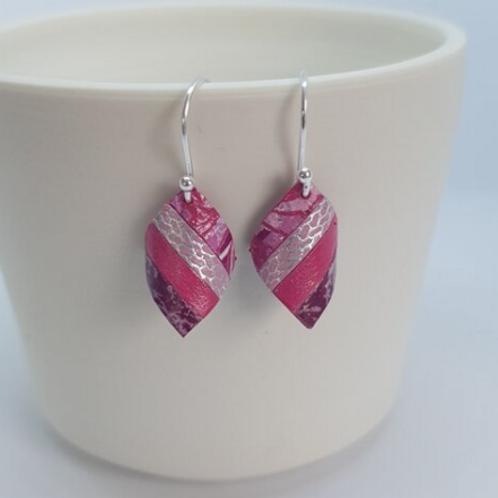 Circle & Dash handkerchief earrings all pink
