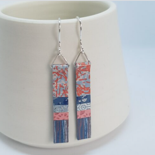 Circle & Dash long slim salmon pink and blue earrings
