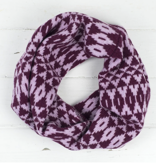 Lambswool berry mirror cowl snood