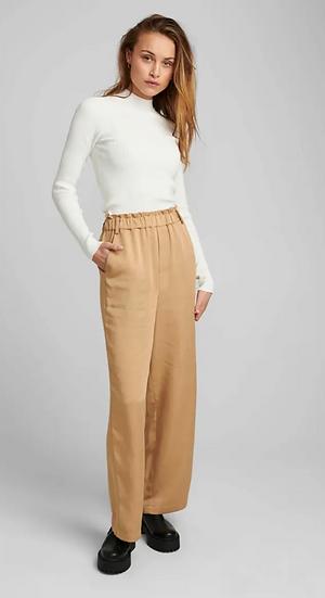 Numph Nuchava wide legged sand trousers