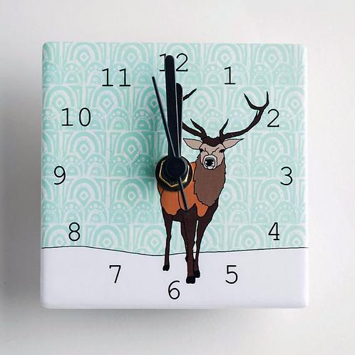 Dibujo design stag mini clock