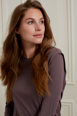 Yaya long sleeve top with pleat on shoulder in sparrow