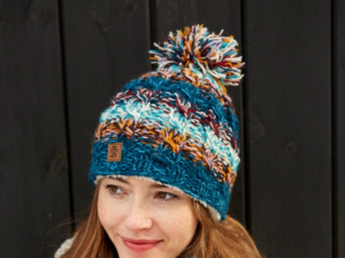Pachamama Utrecht bobble beanie hat