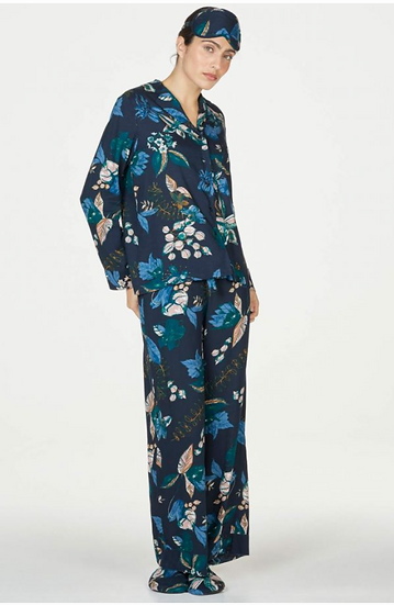 Thought Tabbie EcoVero pyjamas in a bag