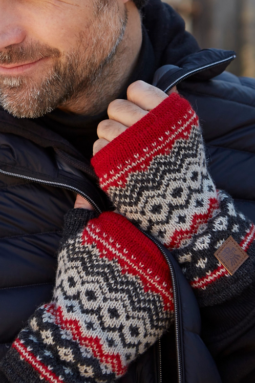 Pachamama Men's Nordic hand warmers in red