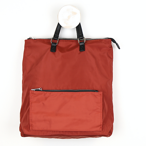 Rust back pack with front zip
