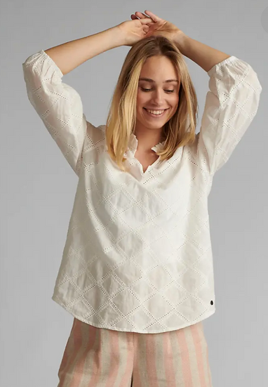 Numph Nubethan blouse in white