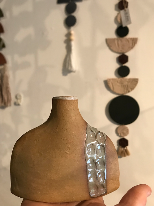 Dmoon flat bottle bud vase