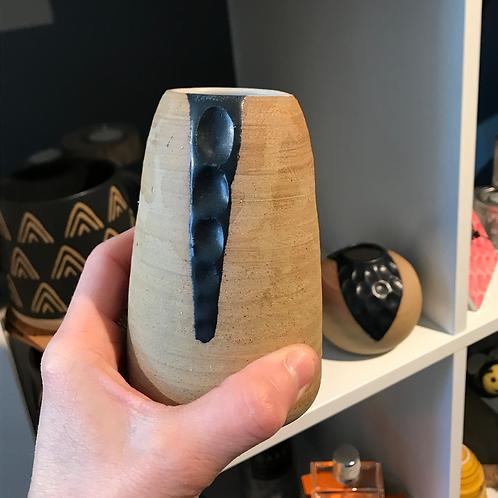 Dmoon ceramic slim bud vase
