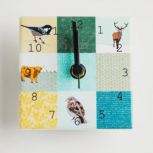 Dibujo green mix mini clock