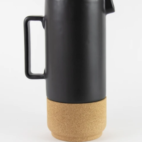 Liga tall jug cork and ceramic - black