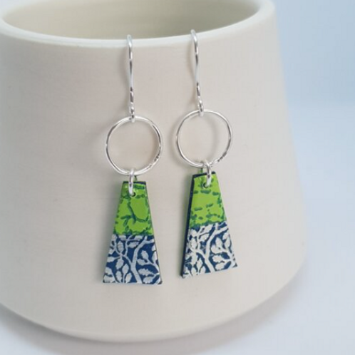 Circle & Dash trapeze earrings lime and navy