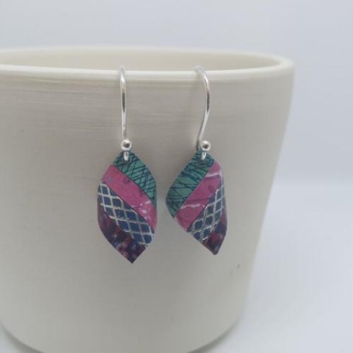 Circle & Dash handkerchief earrings - pink/mint
