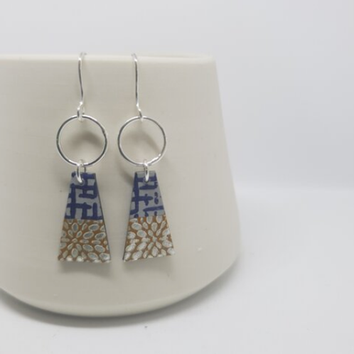 Circle & Dash trapeze style earrings - navy/earth
