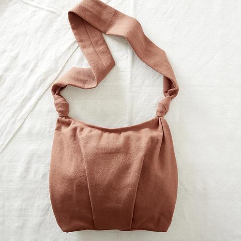 Aura Que Gyani  cross body everyday bag