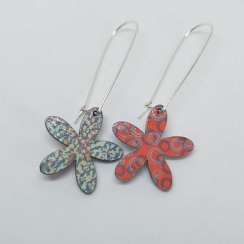 Circle & Dash apple green and orange flower shaped earrings