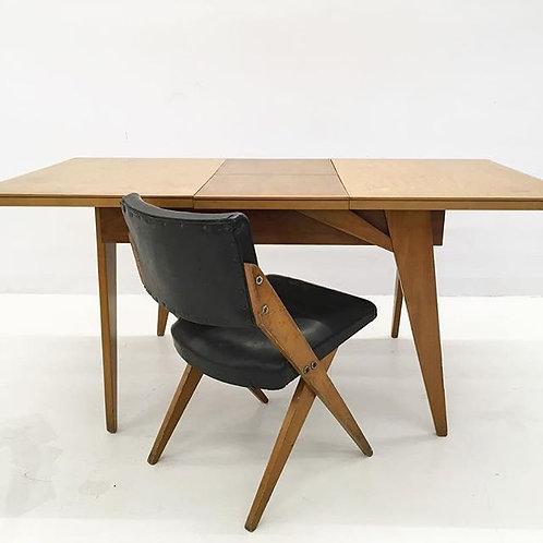 Mesa e conjunto de 4 cadeiras Zanine Caldas