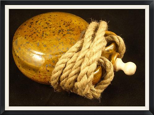 M32.Pilgrim Flask