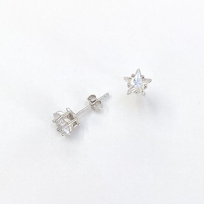 Sterling Silver Cubic Zirconia Star Studs