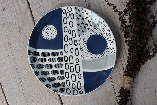 Navy/Grey/Black Abstract Dinner Plate