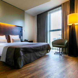 Staycation!  Enjoy a getaway in our hotel. Book the Staycation special and stay in one of our beautiful hotel rooms, where you will be greeted with a welcome drink. Breakfast is included.