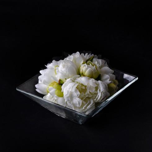 21. Art flower + vase