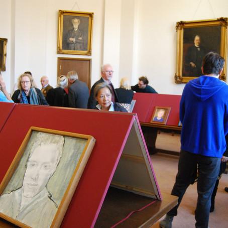 """Ausstellung """"Portraitmalerei"""" von Christel Baillie in der Baumwollbörse"""