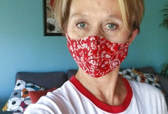 Mask, Red Bandana Paisley Face Mask, Reusable/Washable, Cotton, Filter Pocket