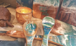 Wooden resin boards & utensils