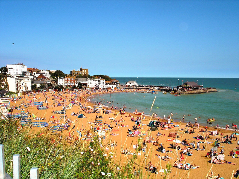 Central Broadstairs Beach