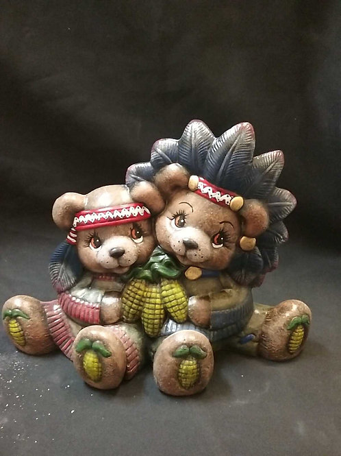 Medium Indian bear couple