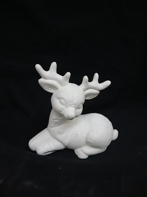 Quilted deer laying