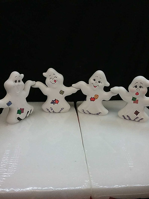 Set of 4 hand in hand ghosts