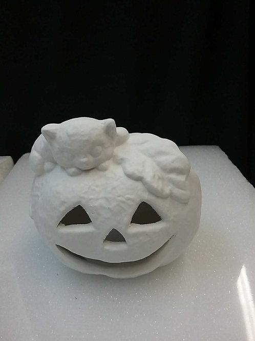 Pumpkin with cat light