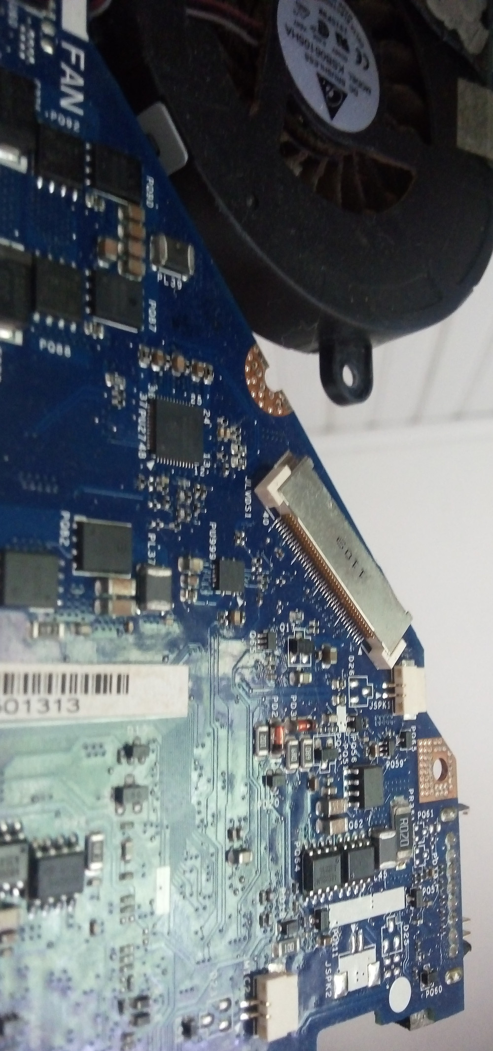 Interface LVDS na placa do Notebook