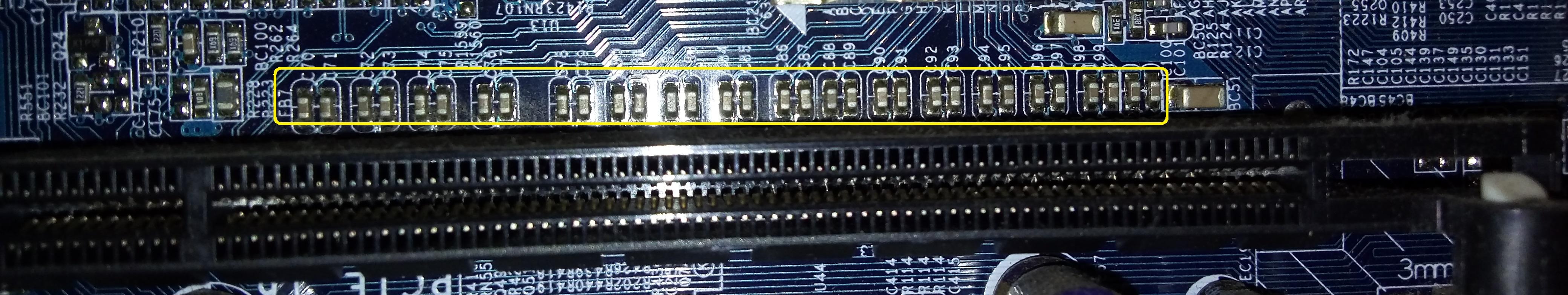 Capacitores PCIe - GBT GA-8i915GMF