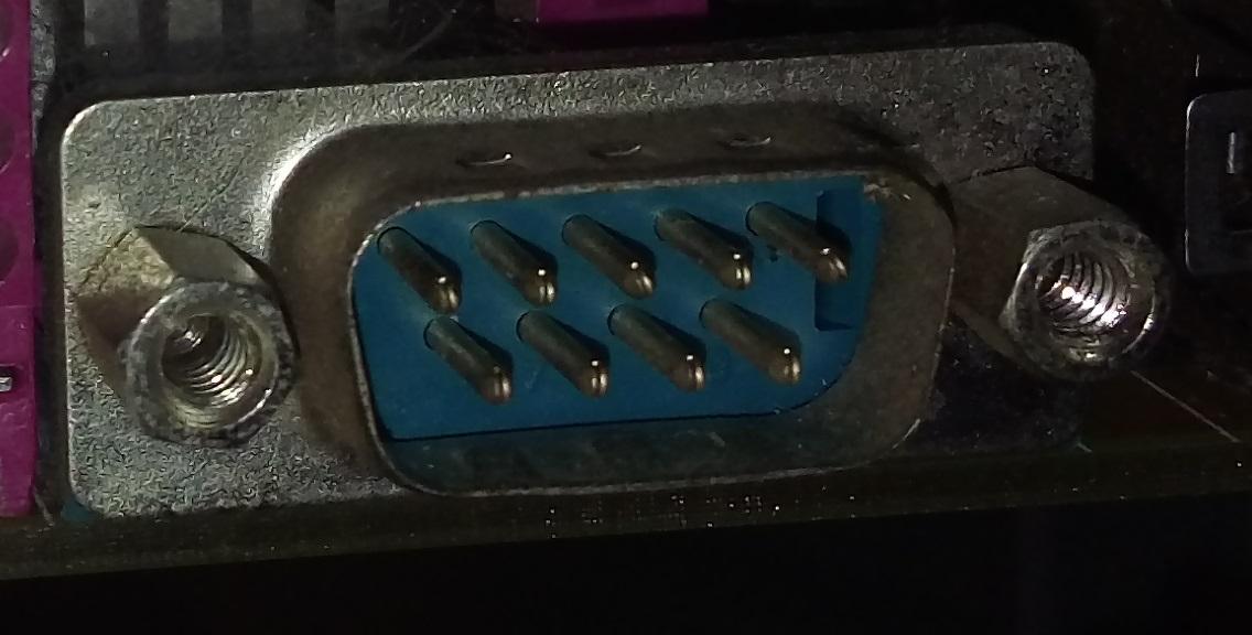 Porta Serial (RS-232)