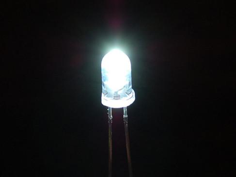 Óptica: LED
