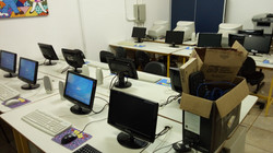 Sala de informática do Colégio Estadual do Campo Octávio Tozo